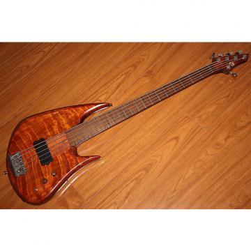 Custom Bee Bass Evolution 5 Strings Custom Bass Guitar.