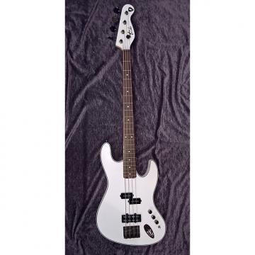 Custom Tribe Bass SF Pearl White