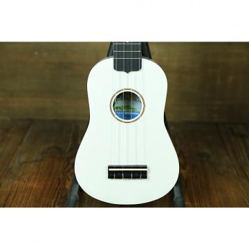 Custom Diamond Head White Soprano Ukuele White