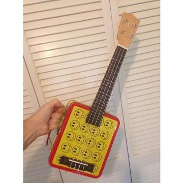 Custom Ukulele -- a unique Cigar Box Guitar style instrument made with a Retro Lunch Box