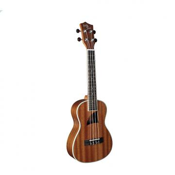 "Custom Eddy Finn Series Ukuleles offer a full tonal range of resonate lows and ""bright highs : EF-8-MC"