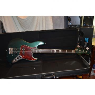 Custom Fender jazz bass guitar 69/80 custom color  see details.