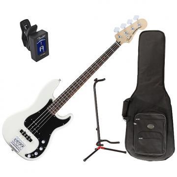 Custom Fender 014-3410-305 Deluxe Active P Bass Guitar Bundle