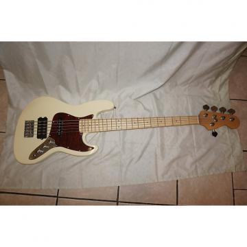 Custom 5 string bass guitar, P bass
