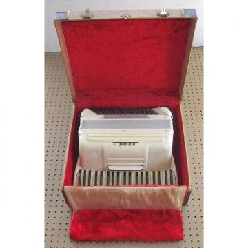 Custom Crucianelli Accordion 50s White Pearl (Repair)