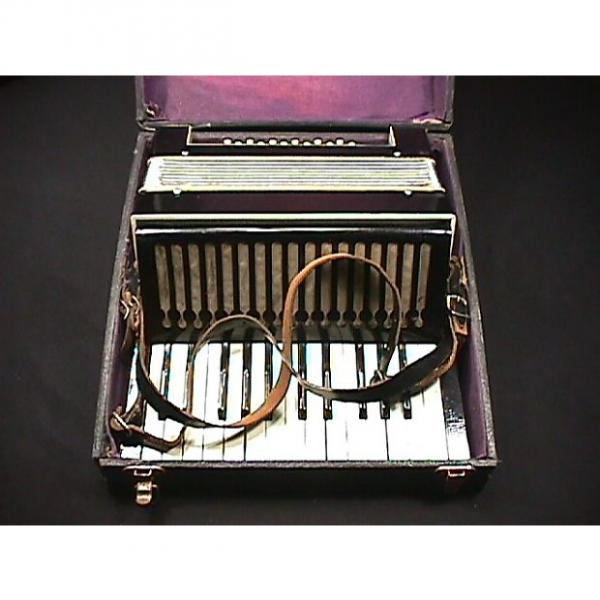 Custom Vintage Unknown Maker 12 Bass Accordion in a Case as-is #1 image