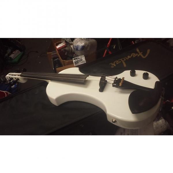 Custom Fender fv-1 Polar White #1 image