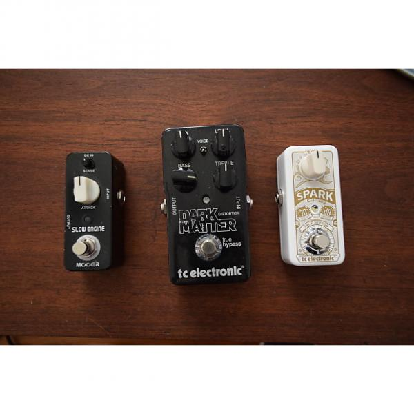 Custom Lot of 3 pedals TC electronic Spank mini booster & Dark Matter distortion , Mooer Slow engine #1 image