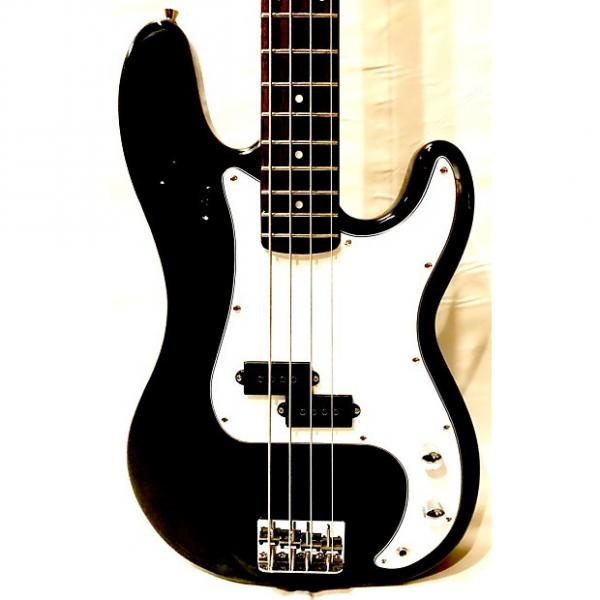 Custom Stedman Pro Bass 4 strings Black and White + Axtron Amplifier BA-15 + Hosa Cable 24AWG #1 image