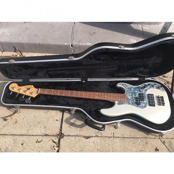Custom Fender American Deluxe Precision 2005 Blizzard Pearl #1 image