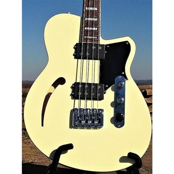 Custom Reverend Guitars Dub King 4 Sting Semi Hollow Bass Guitar Cream & Two Tone Case #1 image