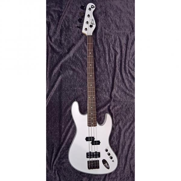 Custom Tribe Bass SF Pearl White #1 image