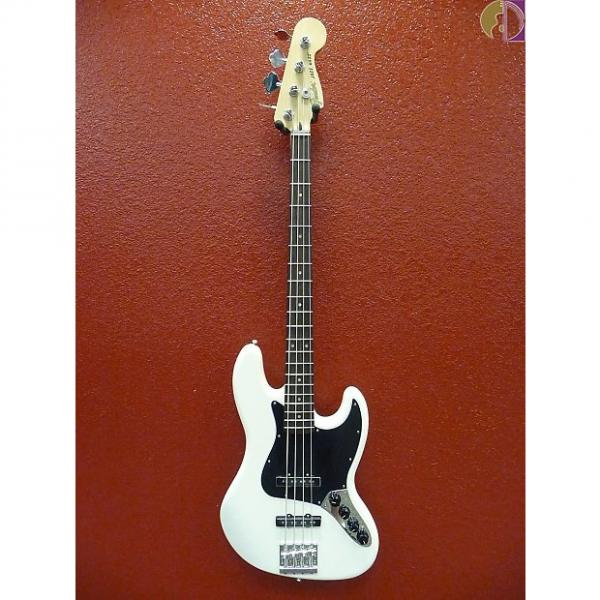 Custom Fender Deluxe Active Jazz Bass, Olympic White, Gig Bag Included #1 image