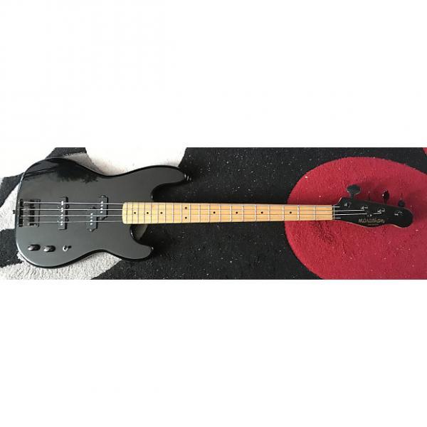 Custom Marathon Pro Series MB 300 PJ Bass 1987 Black #1 image