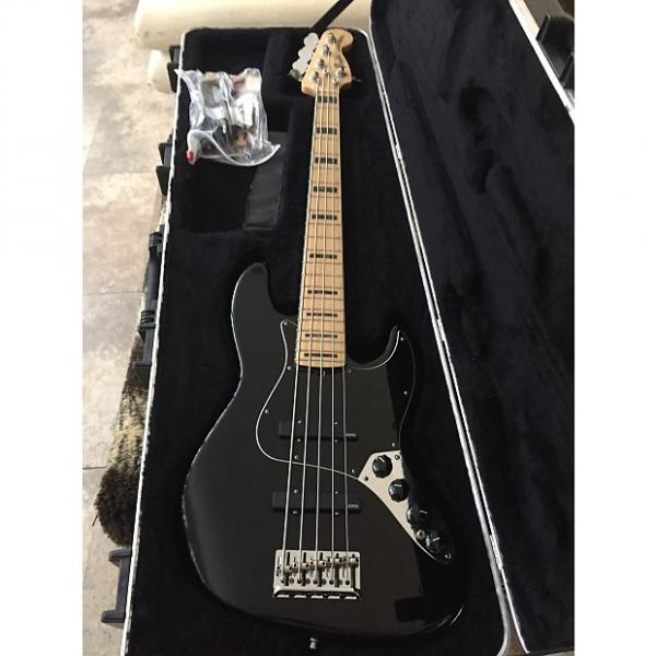 Custom Fender AMERICAN V JAZZ DELUXE 2012 BLACK #1 image