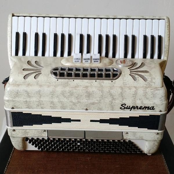 Custom Suprema Model C30 White 120 Bass Accordion #1 image